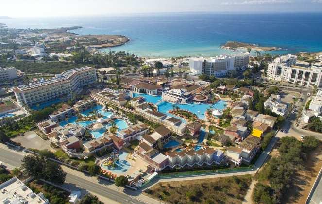 Популярные отели для семейного отдыха в Айя-Напа