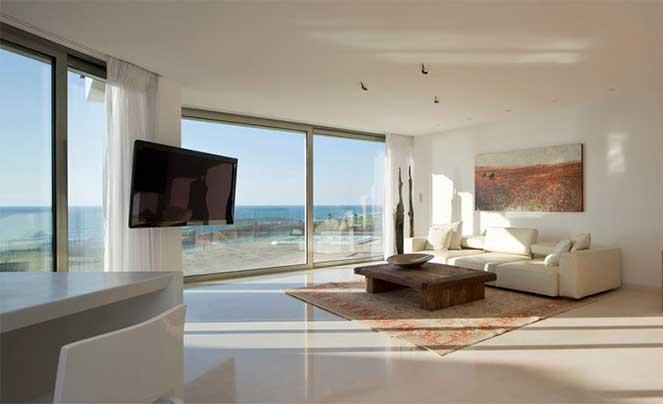 Дом с видом на море